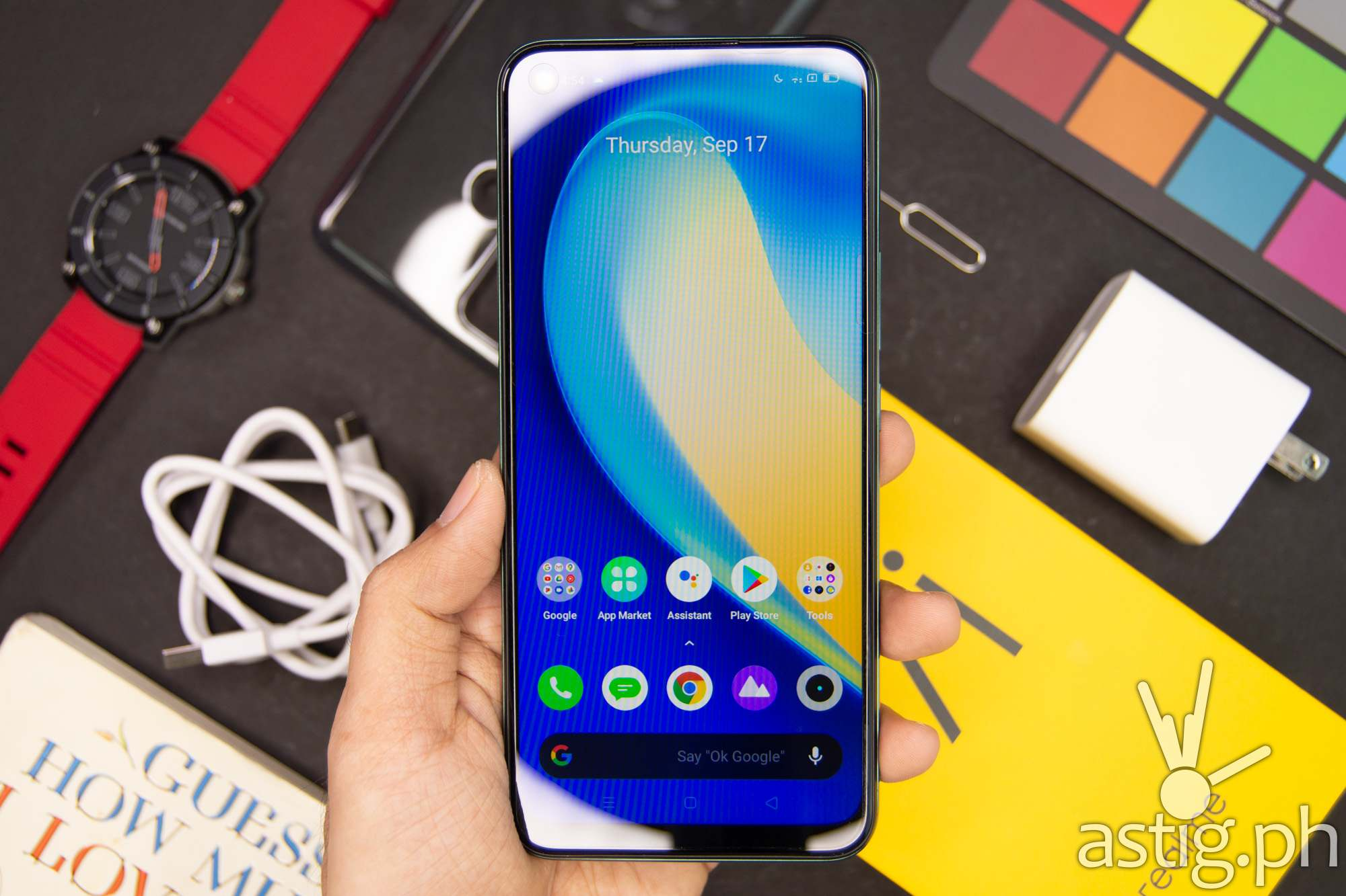 Front handheld - realme 7i (Philippines)