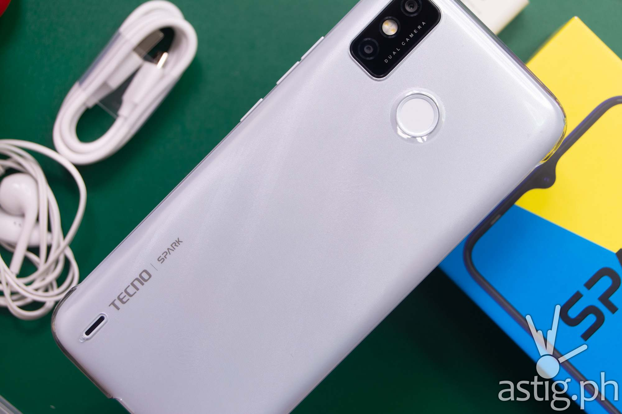 Back with hard case - TECNO Spark 6 Go (Philippines)