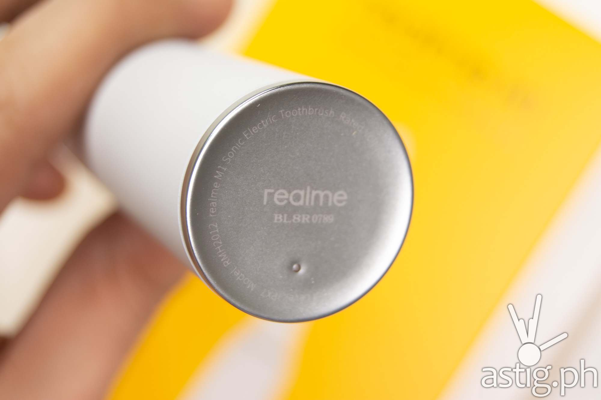 Base closeup - realme M1 Sonic Electric Toothbrush (Philippines)