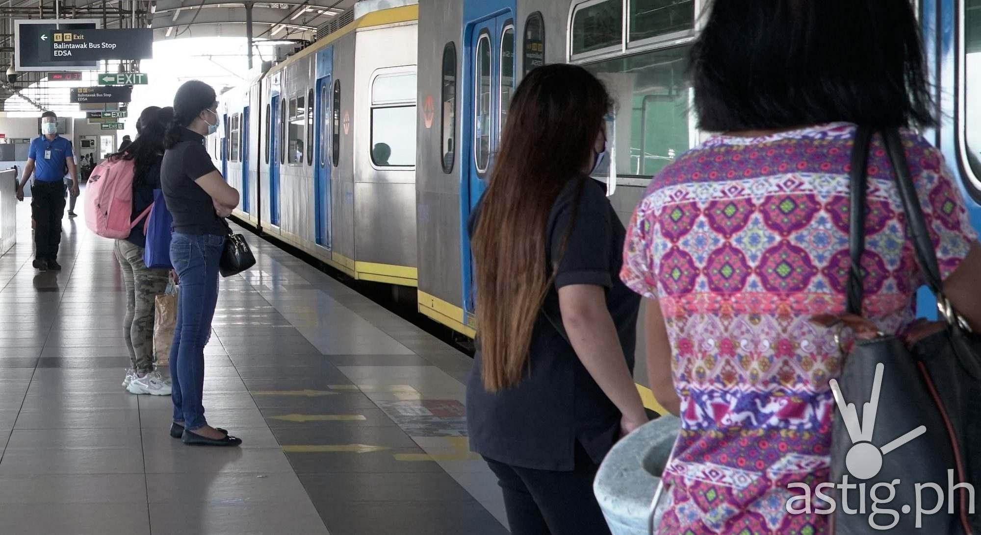 LRT-1 Balintawak Station Photo