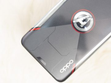 Avengers and OPPO logo - OPPO Reno5 Marvel Edition