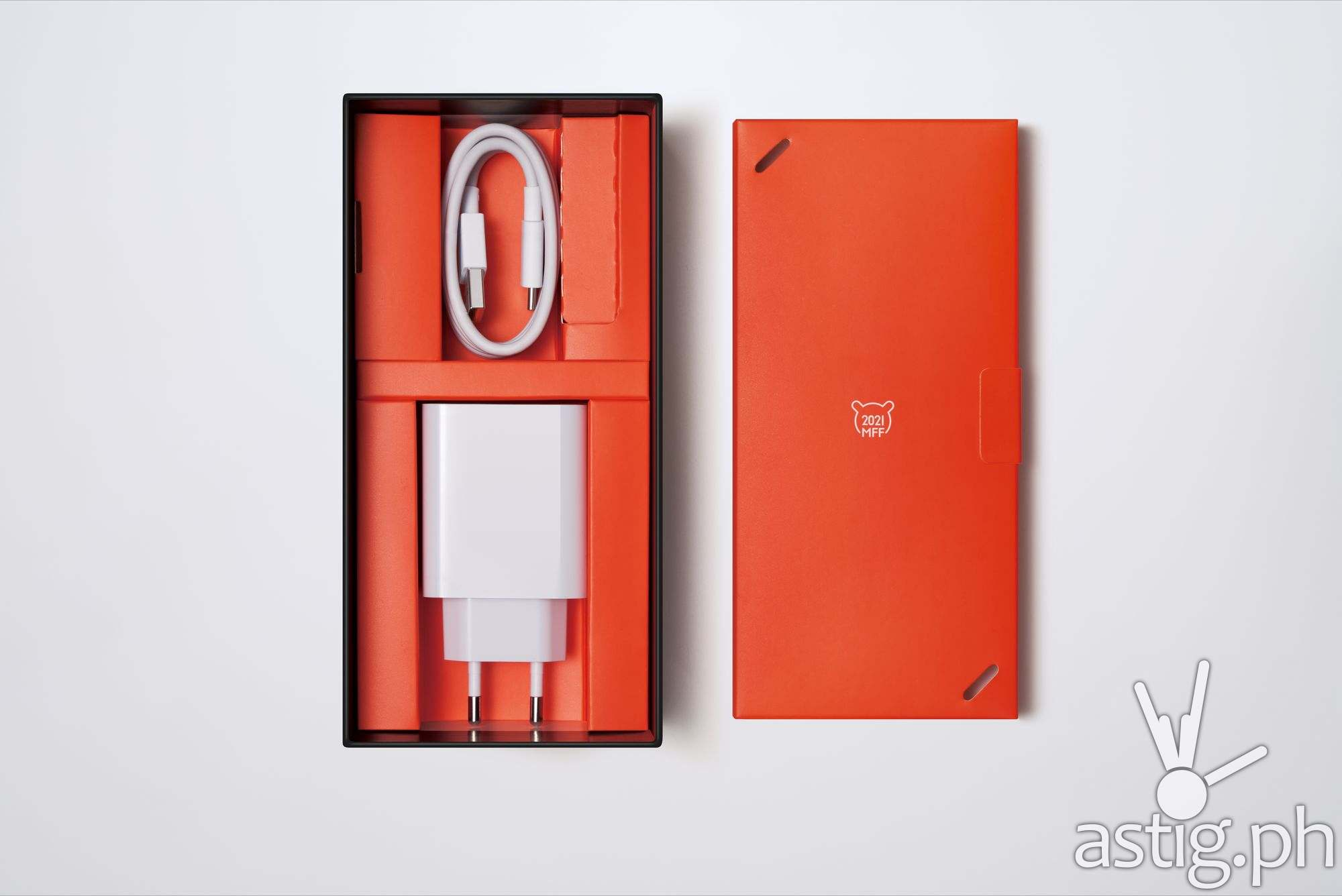 Power adapter & cable - Redmi Note 10 Pro Mi Fan Festival Special Edition