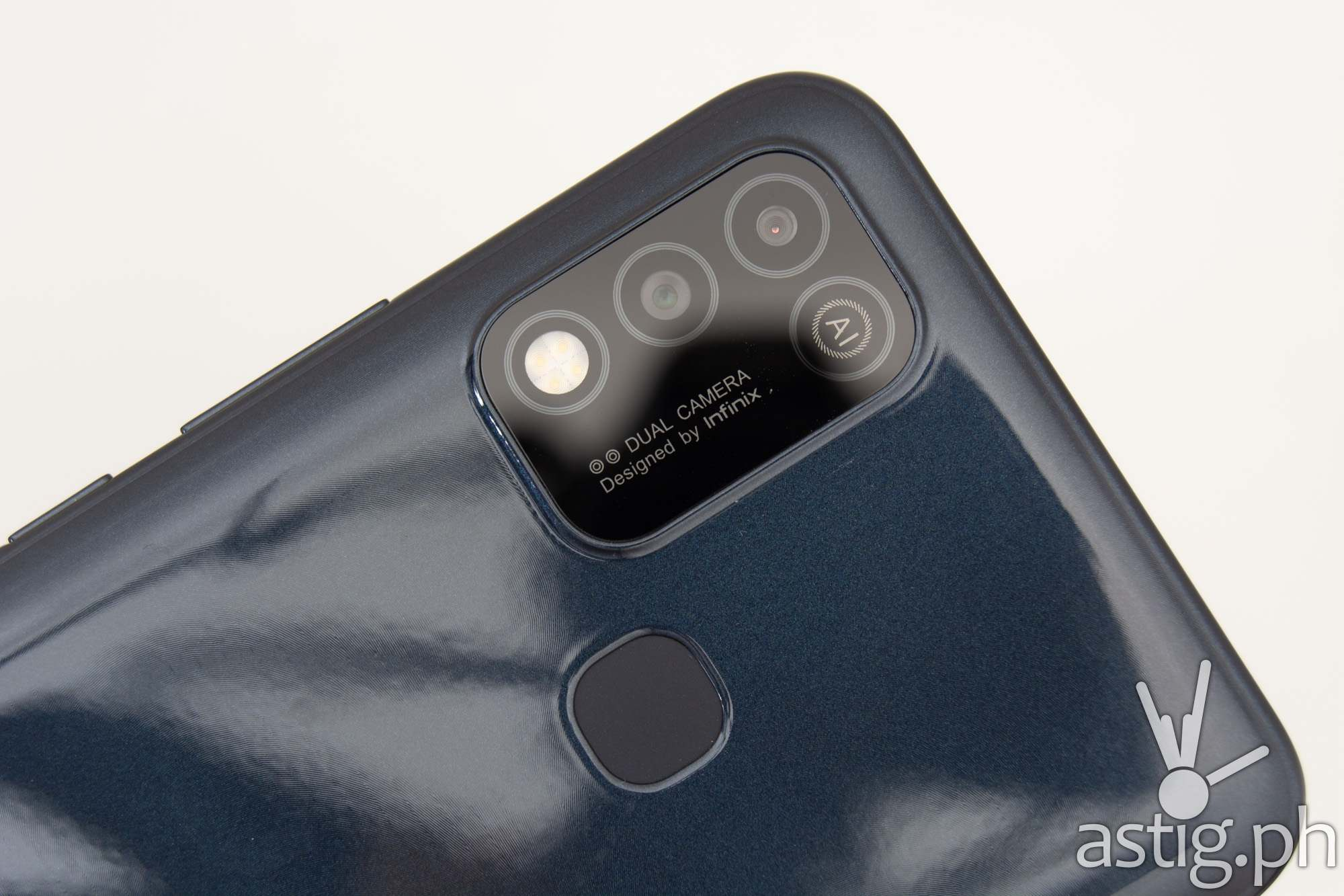 Dual rear cameras - Infinix Hot 10 Play (Philippines)