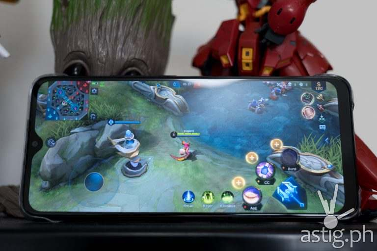 Mobile Legends - Infinix Hot 10 Play (Philippines)