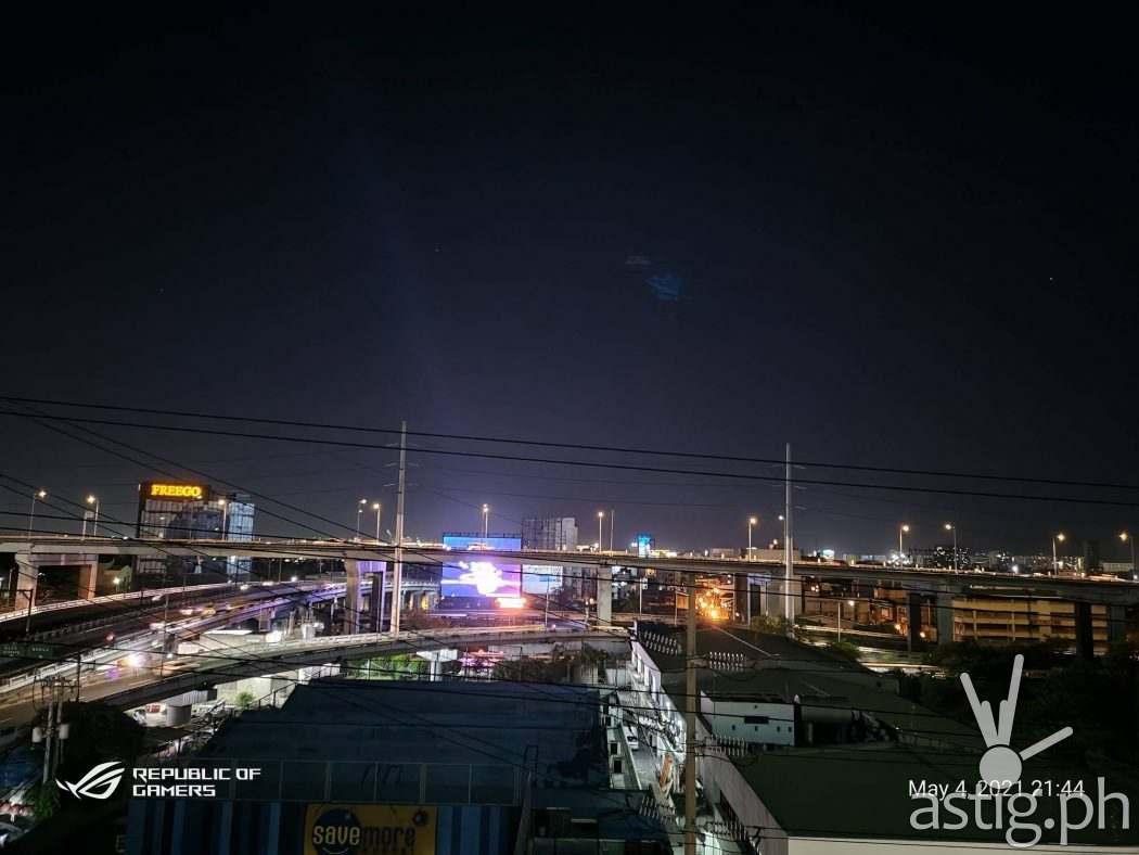 Night mode - ROG Phone 5 sample photo