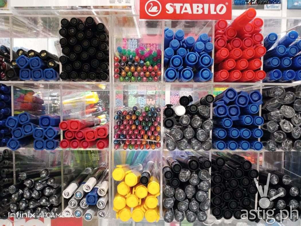 Pens - Infinix HOT 10 PLAY sample photo