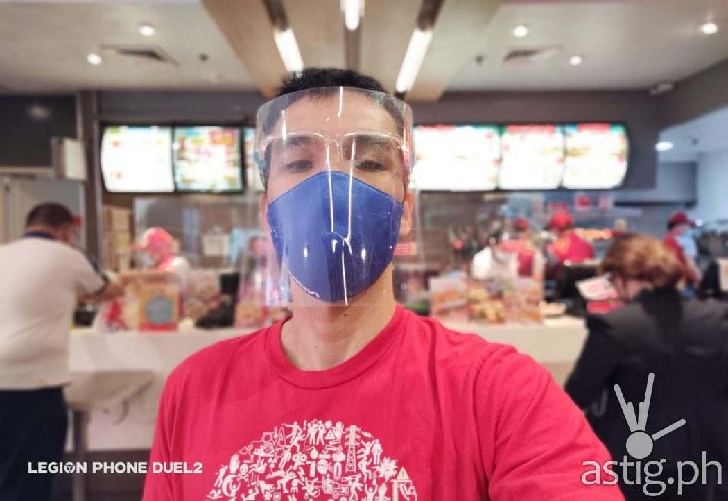 Indoor selfie - Lenovo Legion Duel 2 sample photo