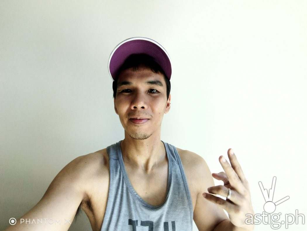 8MP ultrawide selfie camera - TECNO PHANTOM X sample photo