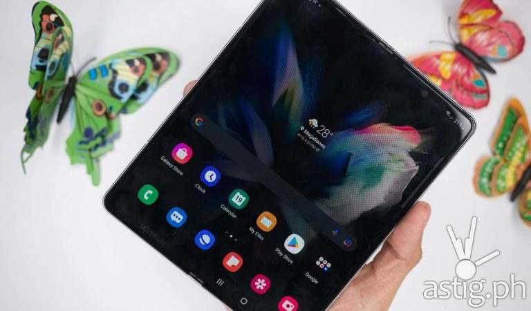 SAMSUNG Galaxy Z Fold3 review: The point of no return
