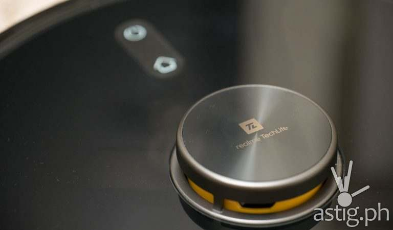 realme TechLife Robot Vacuum review: We did the math